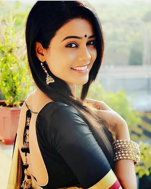Razia Call Girls Noida, Noida Escorts & Massage