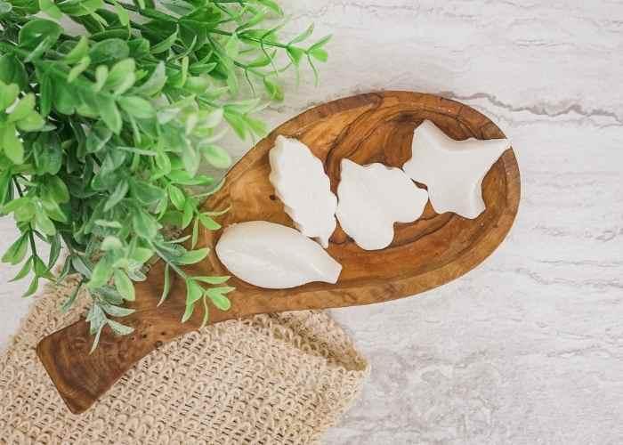 DIY Menthol Eucalyptus Shower Steamer Recipe