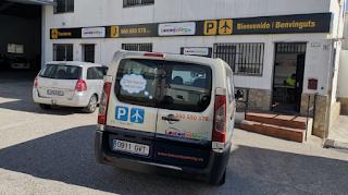 Para elegir aparcamiento usamos Parkapp.