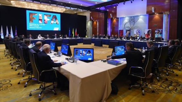 FIFA cancela bajo 'presión' decidir sobre equipos israelíes