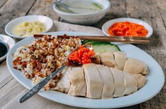 Cara Penyajian nasi ayam singapura simpel