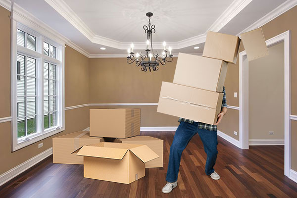 Safety Tips To Prevent Injuries When Moving