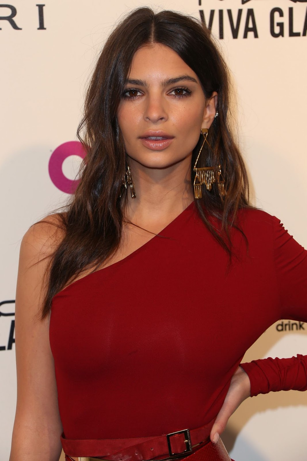 Entourage actress Emily Ratajkowski at Elton John Aids Foundation's Oscar Viewing Party