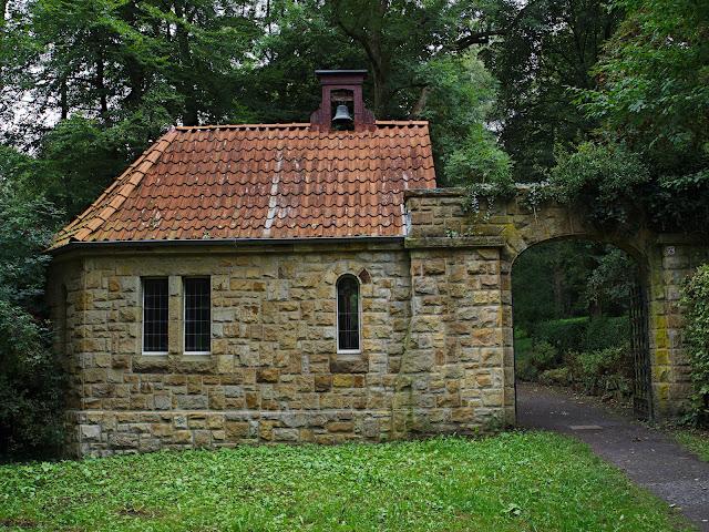 """Friedhof und Friedhofskapelle der Anstalt """"Bethesda"""""""