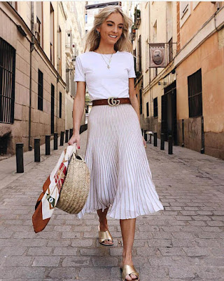 Outfits con falda plisada blanca de verano y primavera