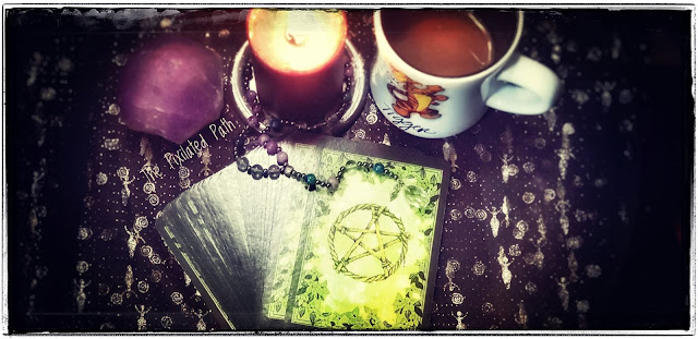 Coffee & Cards Time with Rachel Patterson's Flower Magic Oracle