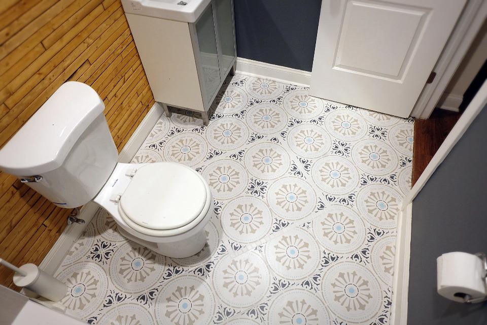 stencil paint a ceramic tile floor