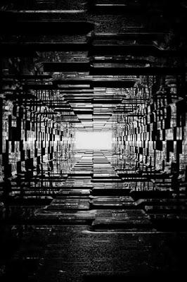 خلفيات رائعة سوداء اللون ممر بلون اسود نحو الاعلى