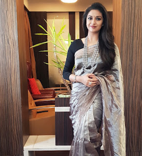 Keerthy Suresh in Saree for Opening of Happi Mobile Store in Guntur 1