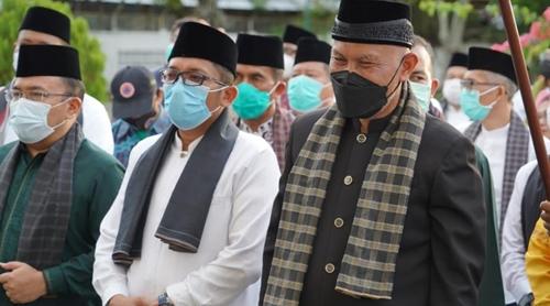Dengan Bismillah, Pemko Padang Lepas Gubernur Mahyeldi dari Rumah Dinas Wali Kota Menuju Istana Gubernuran
