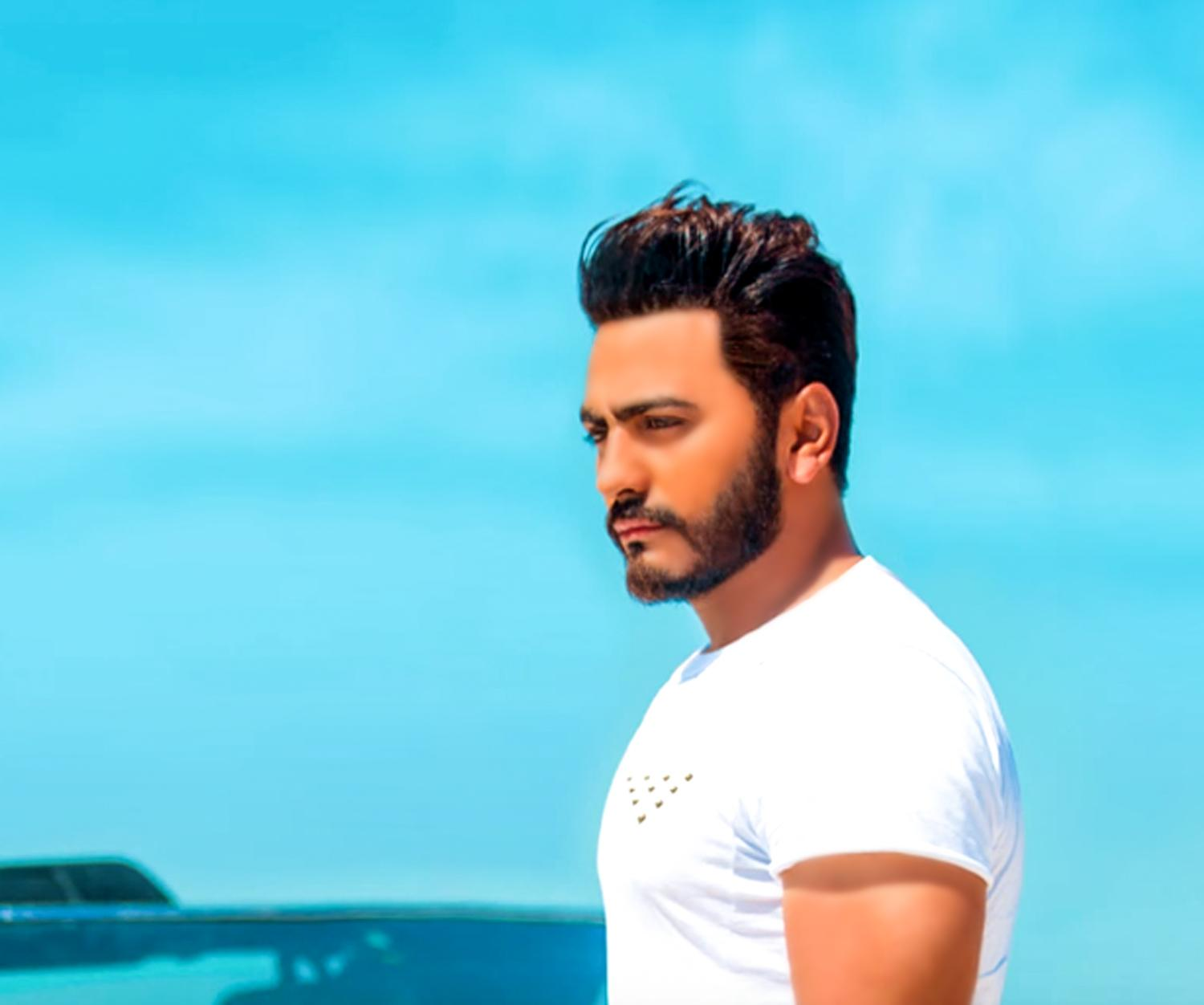 timeless design 85aac 63693 Foto di tamer hosny