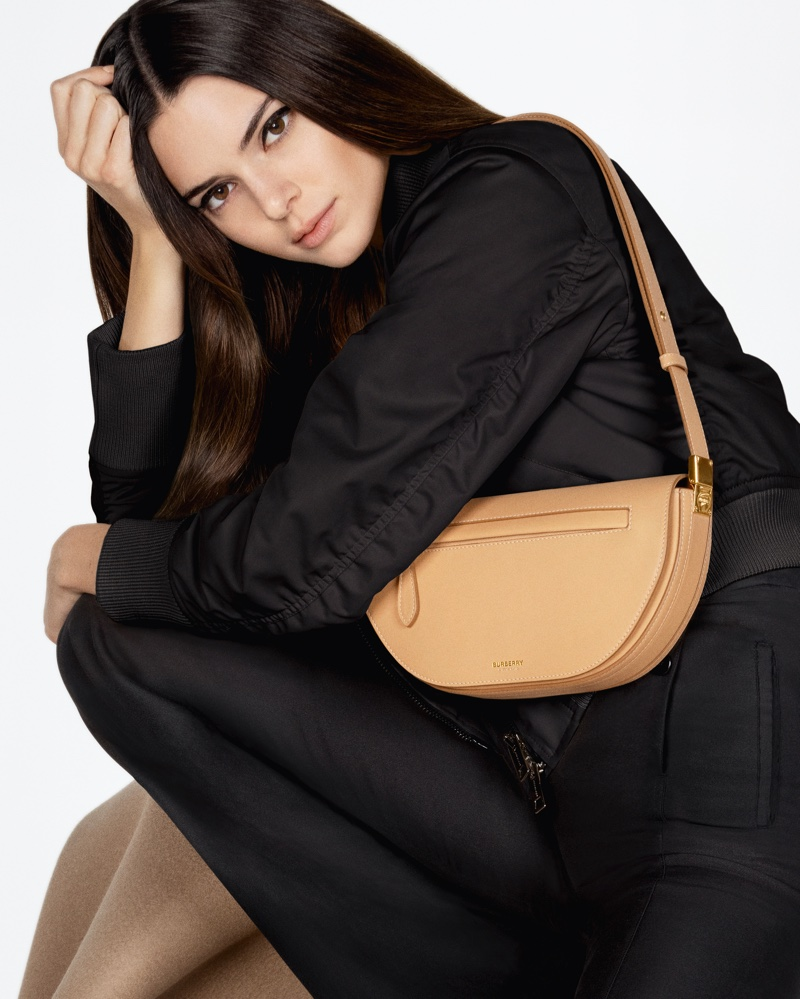 Supermodel Kendall Jenner poses with Burberry Olympia bag for new campaign.