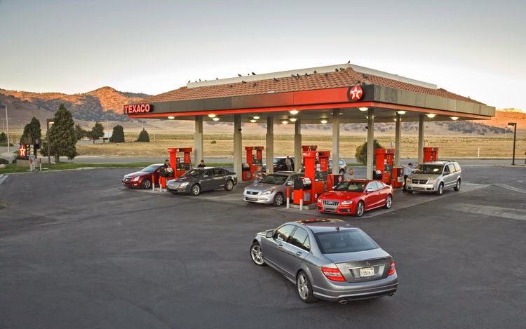 Abastecer o carro em Las Vegas | Posto de Gasolina