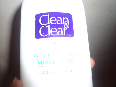 Clean & Clear Oil Free Moisturizer Review