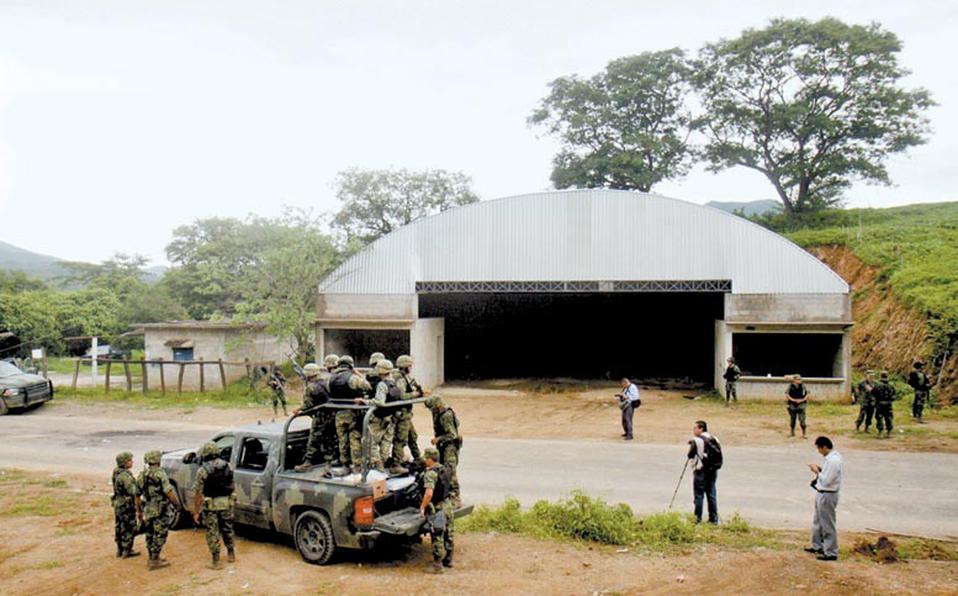 Tribunal ordena reaprehender a militares implicados en matanza de Tlatlaya