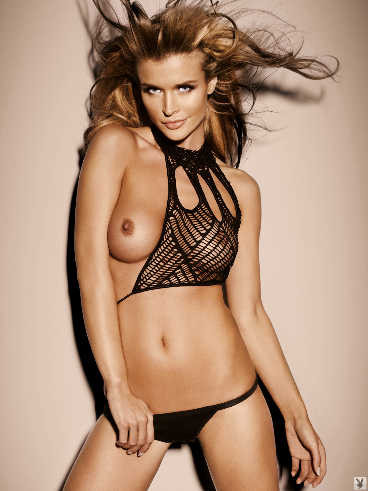 Hot pic of naked big boobed supermodel