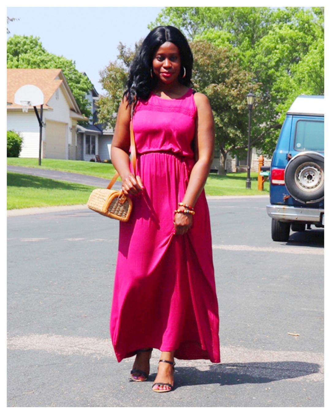 Fashion Beauty Zone: Beauty's Fashion Zone: Styling A Knit Dress All Through Summer