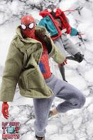 MAFEX Spider-Man (Peter B Parker) 66