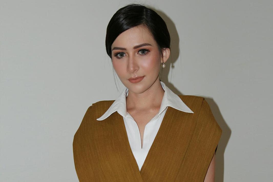 foto rina diana 2017