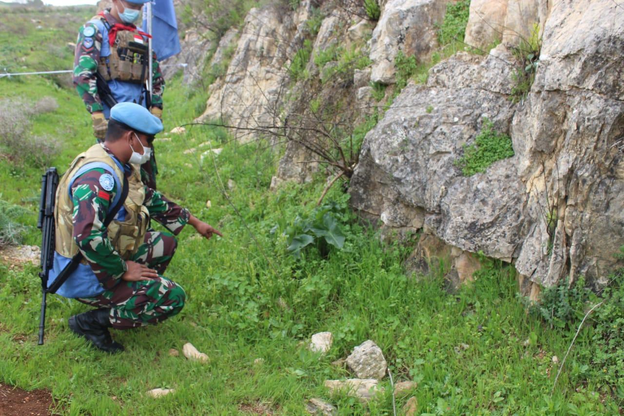 Satgas Garuda Temukan Mortir Aktif di Daerah Blue Line