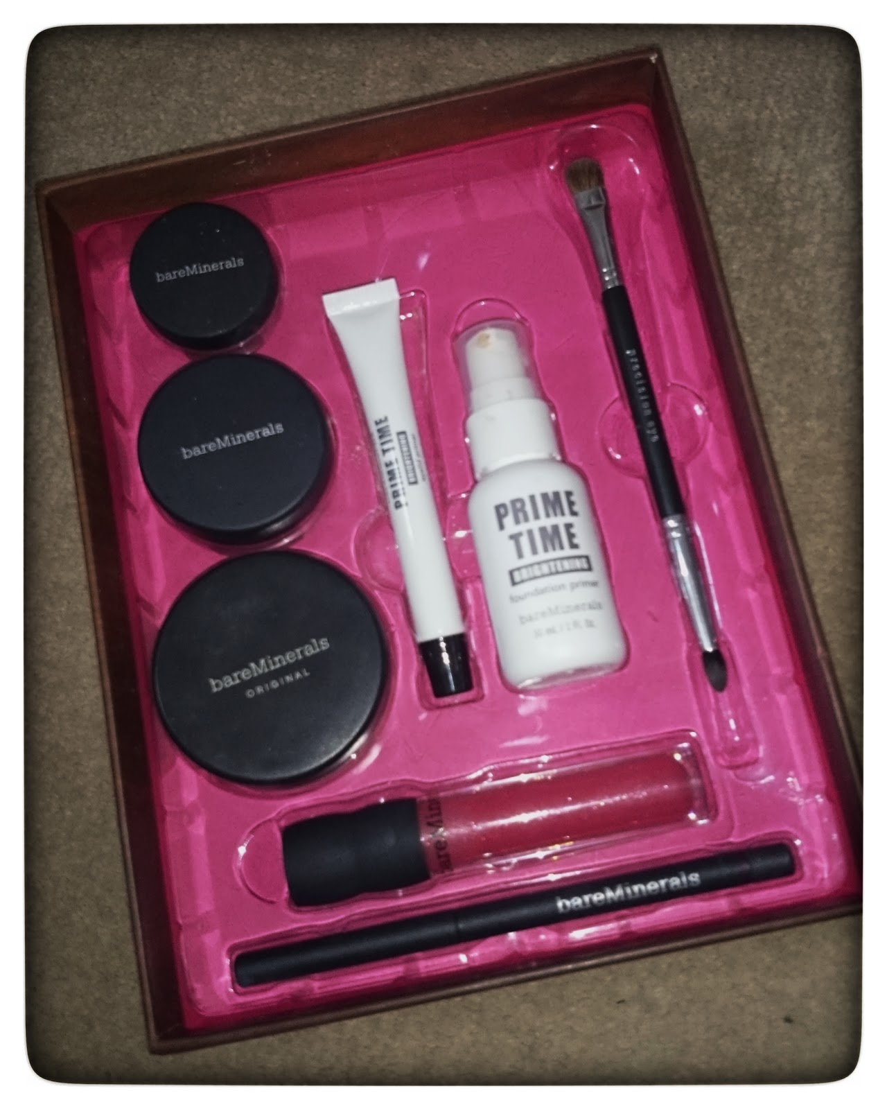 http://www.bareminerals.co.uk/