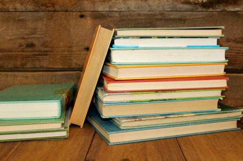 Top 10 favorite read alouds from a #homeschooling family of 7