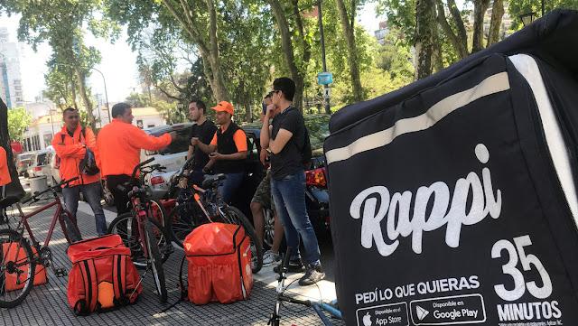 """Las empresas Rappi, Glovo y Pedidos Ya son sancionadas en Argentina por """"cláusulas abusivas"""" contra los consumidores"""