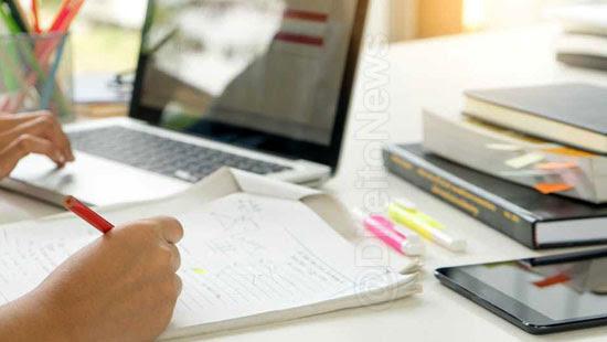 estudante-indenizado-receber-aulas-curso-concursos