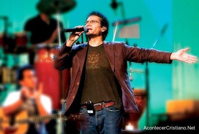 Jesús Adrián Romero y el dinero de los conciertos