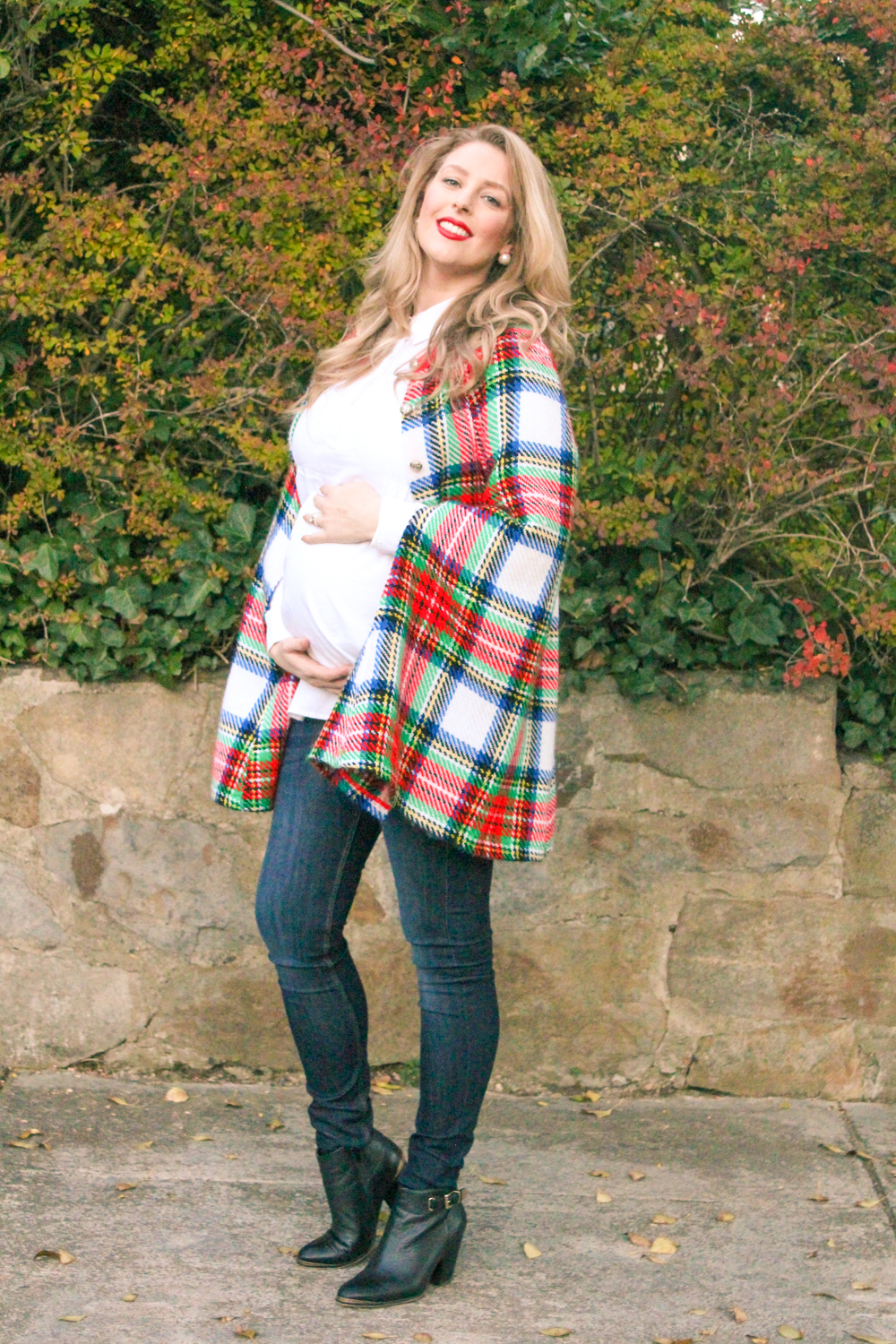 Visit the Goldfields Girl blog for more maternity style