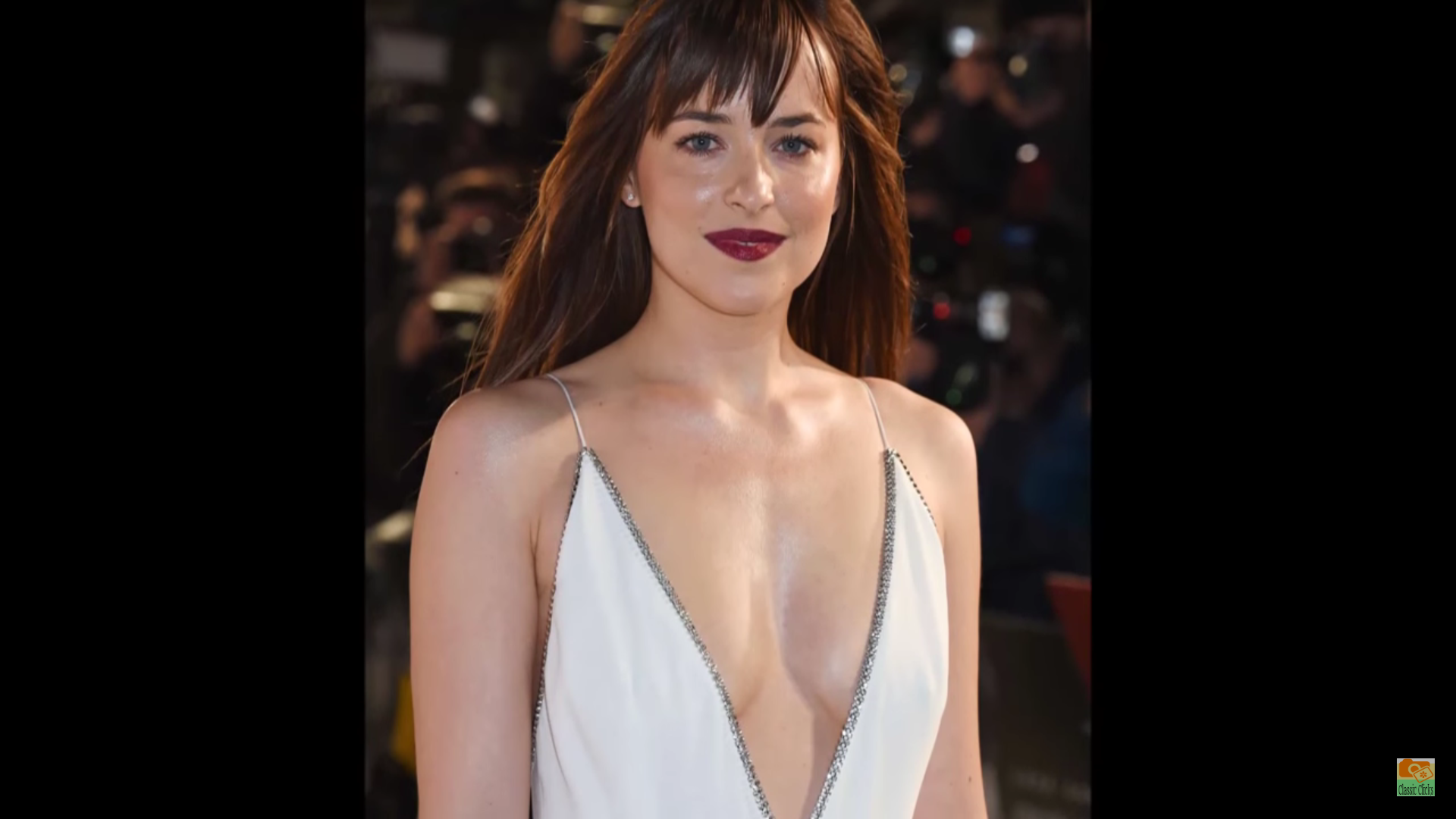 Is Dakota Johnson Bisexual