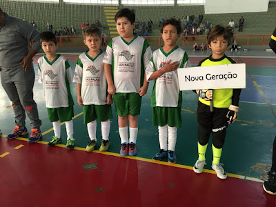 Festa em quadra: finais do Futsal de Base mostram talento dos jovens jogadores