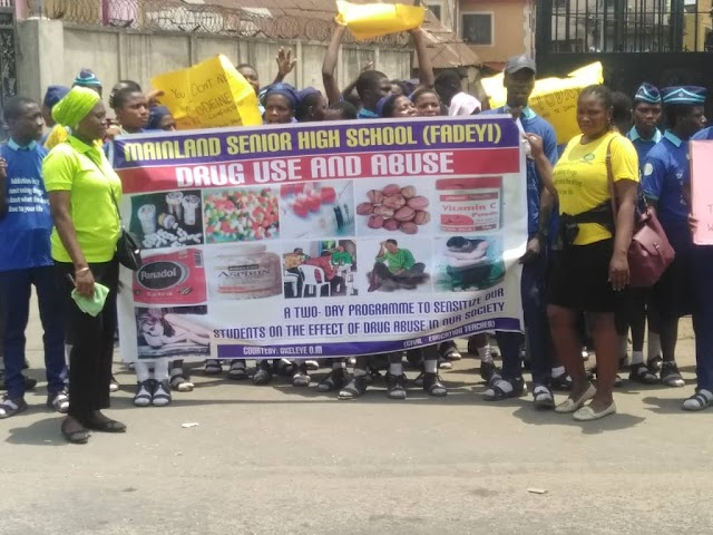 MAINLAND SENIOR SCHOOL STUDENTS WALK ACROSS FADEYI LAGOS IN FIGHT AGAINST DRUGS IN CONJUNCTION WITH TRAUMA SAVERS LIFE SUPPORT FOUNDATION .