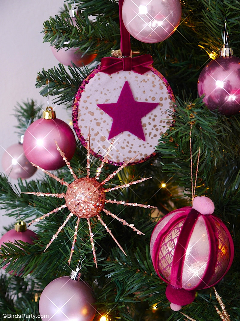 Three Easy DIY Christmas Tree Ornaments - gorgeous, glam DIY craft projects using embroidery hoops, baubles and fabric in pink and gold! by BirdsParty.com @birdsparty #ornaments #diy #diycrafts #christmas #christmascrafts #christmasdiy #christmastree #diyornaments #diychristmas #diychristmasdecor #christmasdecor #pinkgold #pinkchristmas #goldchristmas #pinkgoldchristmas #diyornaments #diychristmasornaments