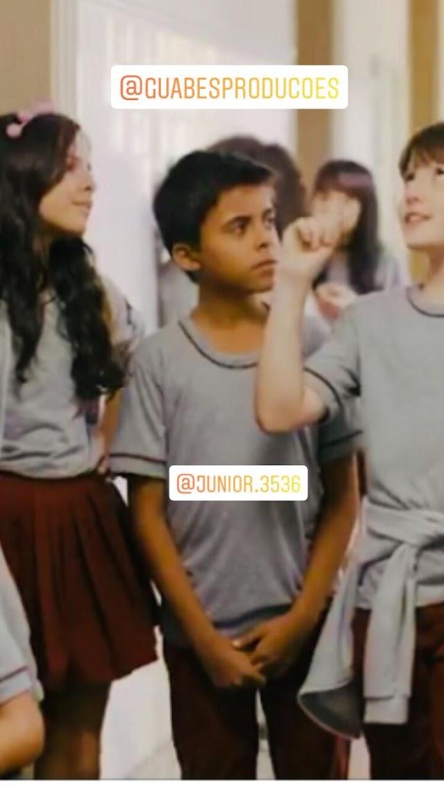 Elesbonense estreia como ator em série nacional