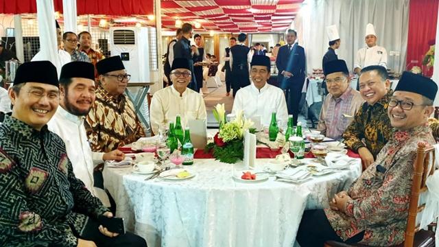 Alasan 9 Hakim Solid Menolak Seluruh Gugatan Prabowo