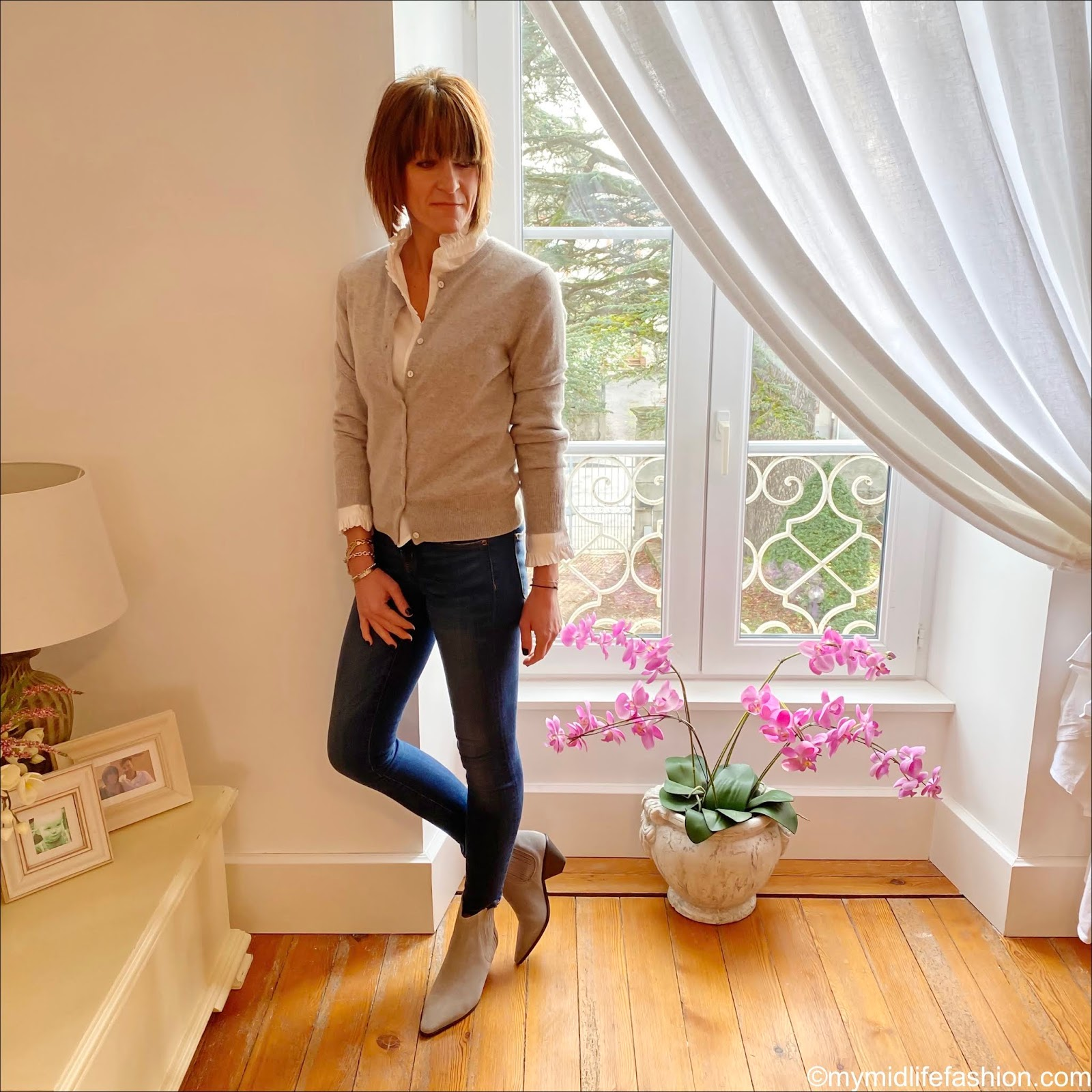 my midlife fashion, Marks and Spencer pure cashmere round neck cardigan, Uniqlo frill collar blouse, j crew 8 inch toothpick skinny jeans, jigsaw western heel ankle boots