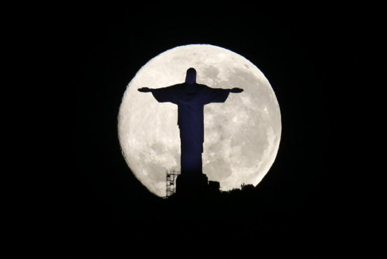 http://au.ibtimes.com/final-supermoon-lunar-trilogy-light-sky-watch-videos-first-two-supermoons-1353310