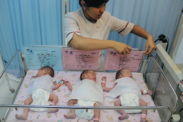 Ditolak Camer Karena Takut Tak Hamil, Setelah Menikah Wanita ini Lahirkan 3 Bayi Kembar
