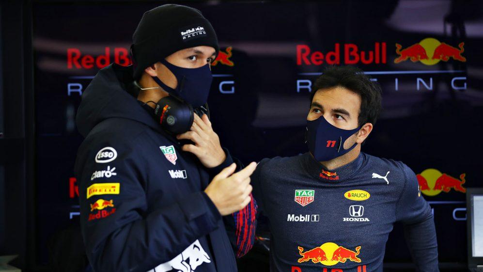 'Não esperava que ele fosse tão aberto comigo' - Perez presta homenagem a Albon após a primeira vitória da Red Bull