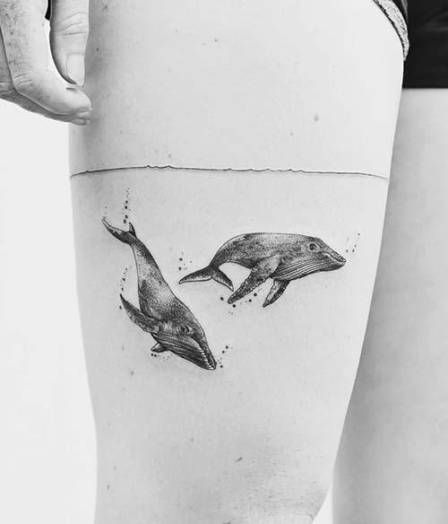 kadın üst bacak balina dövmesi woman thigh whale tattoo