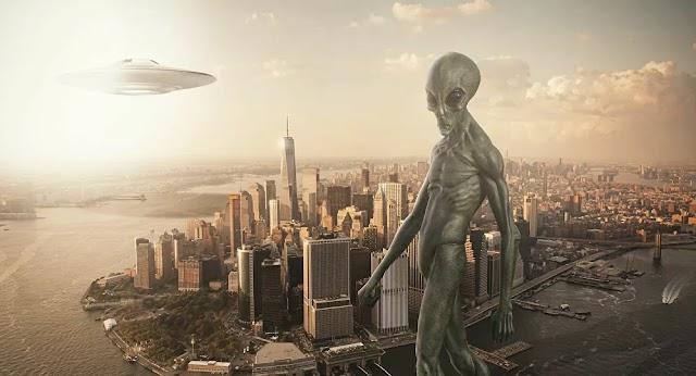 """Απροετοίμαστη η ανθρωπότητα σε μια εξωγήινη επίθεση... """"Θα βυθιστεί στο χάος"""""""