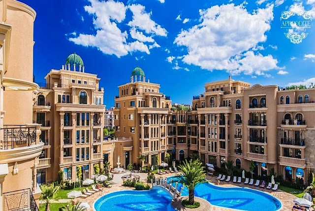 отель на солнечном берегу