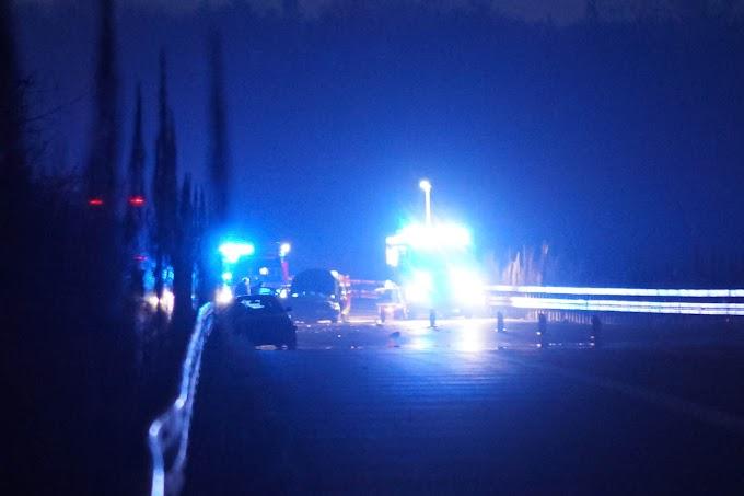 Vollsperrung nach Unfall auf A9 bei Dessau