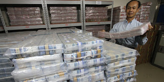 11 Pecahan Uang Rupiah Resmi di Edarkan Hari ini