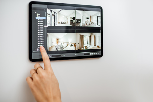 smart home dan UPS