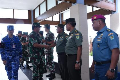Panglima TNI Melaksanakan Kunjungan Kerja ke Bandung