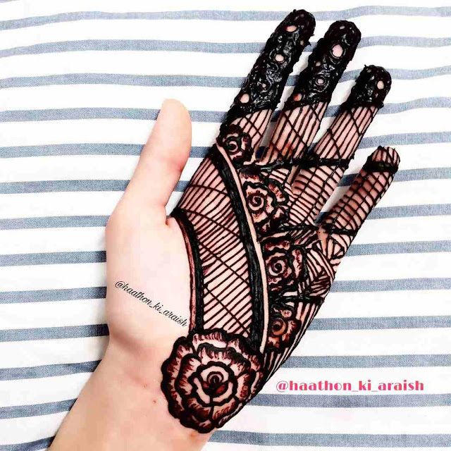 Stylish Front Hand Mehndi Design