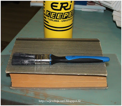 rasia vanhasta kirjasta