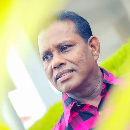 Sadata Sahasikam Kala Aya Song Lyrics - සඳට සැහැසිකම් කළ අය ගීතයේ පද පෙළ